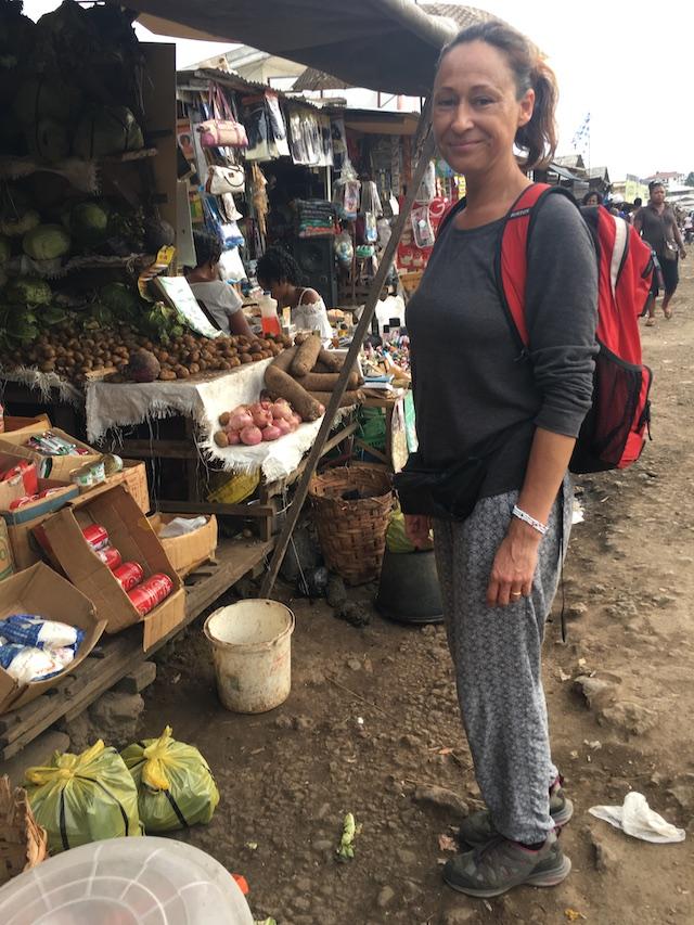Pinda's Honing Kameroen Blog | Rowena Goes Ape (5)