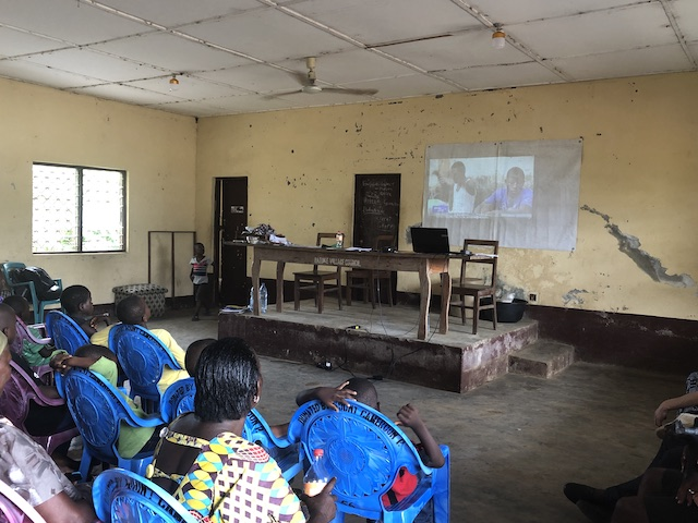 Limbe educatie en natuurbescherming Blog | Rowena Goes Ape (7)