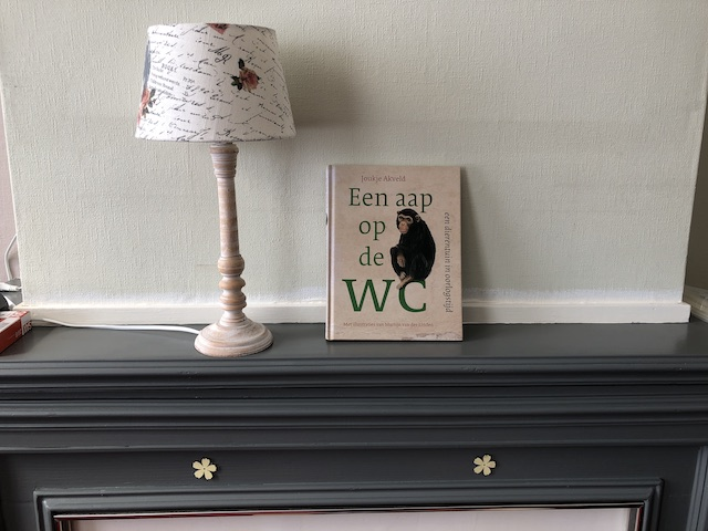 Aap op de WC Blog | Rowena Goes Ape (1)